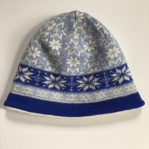L.L. Bean Accessories - LL Bean Winter Hat 7f079f26f9cc